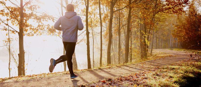生活習慣を改善することも勃起の角度を向上させるためには非常に有効な手段のひとつです。