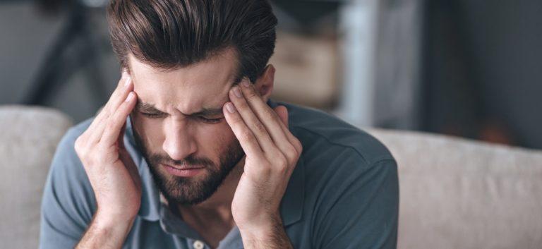 玉ねぎの副作用に硫化アリルによる頭痛やめまいなどが考えられます。