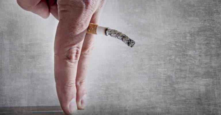 喫煙が勃起力を下げる理由