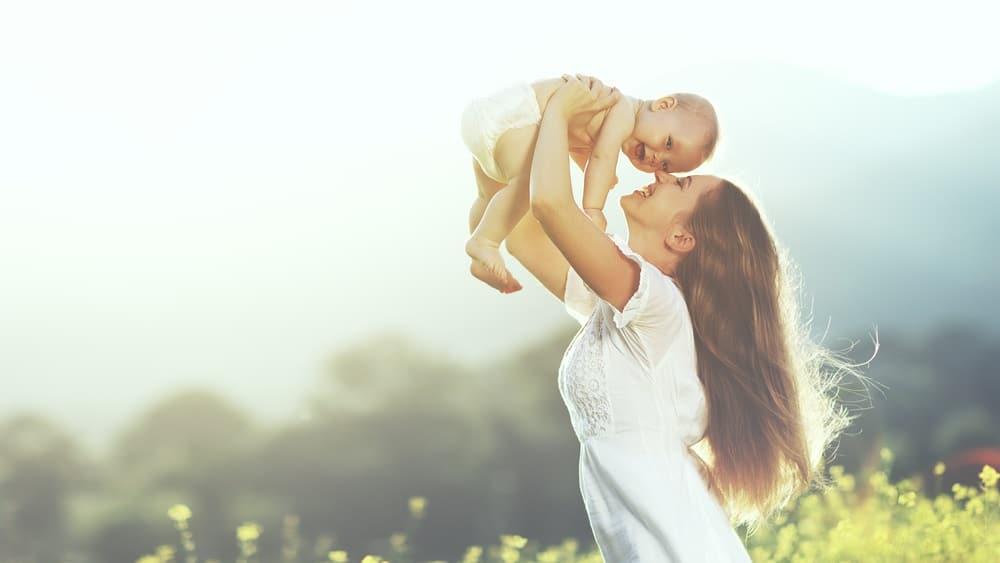 子供を抱える母親