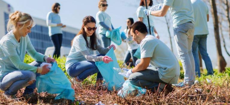 ボランティア活動などの社会貢献活動は自己確立に役に立ち、テストステロンが分泌しやすい体内環境を整えてくれます。