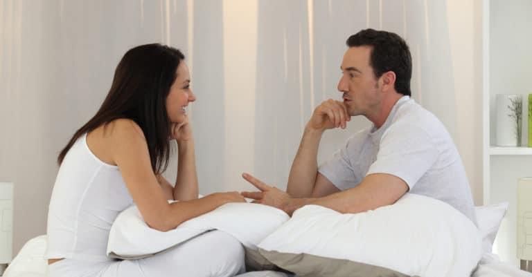 2人でしっかりと話し合うことがEDの改善には非常に大切。