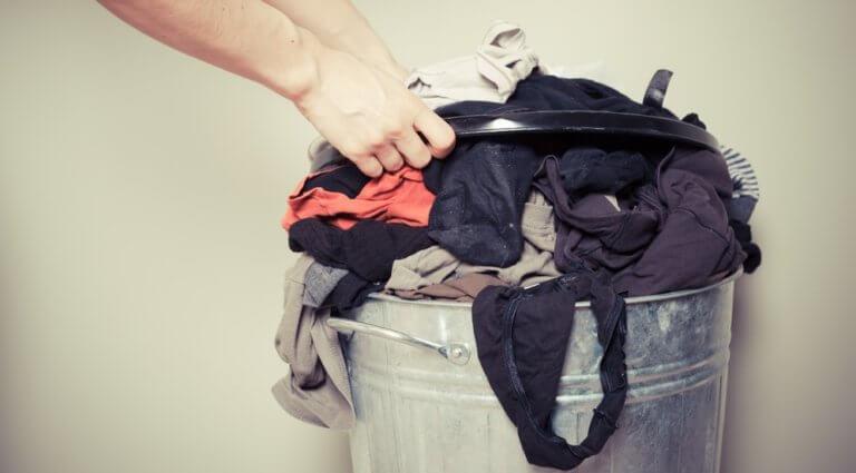 不潔な洗濯物