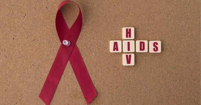HIVの進行を遅らせる