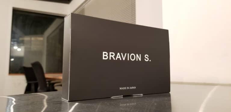 ブラビオンのパッケージ表面