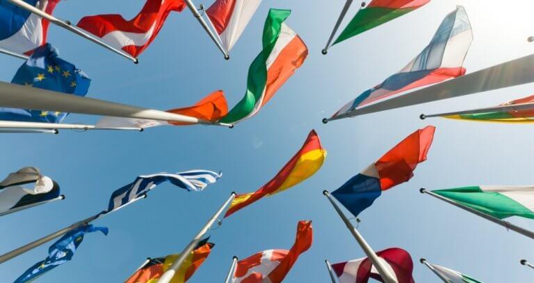 世界中の国の旗