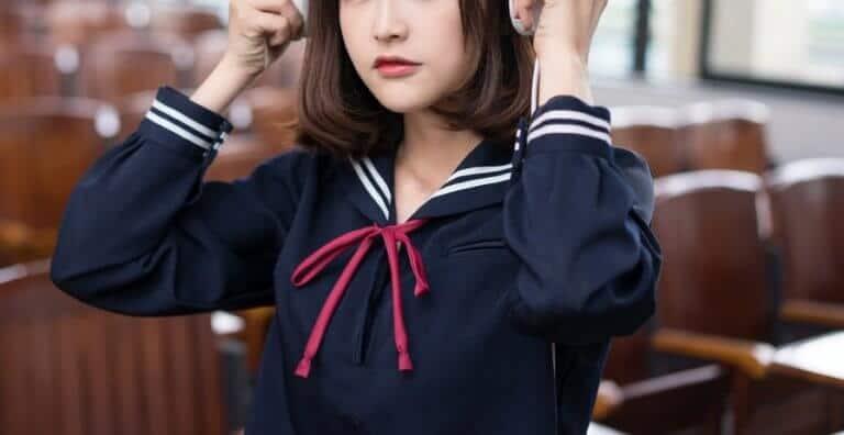 女子高の制服のコスプレ