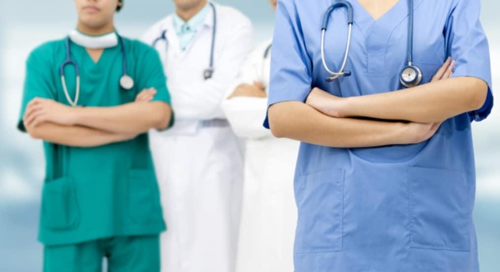 アフターケアを徹底する医師やスタッフ