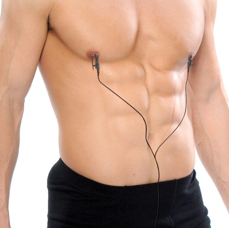 乳首に電流
