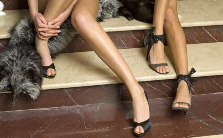複数の女性の足の匂い